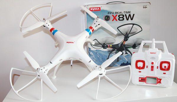 کوادکوپتر دوربین دار SYMA x8w با دوربین ارسال تصویر زنده